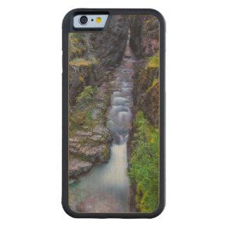 グレーシャー国立公園、モンタナのSunriftの峡谷 CarvedメープルiPhone 6バンパーケース