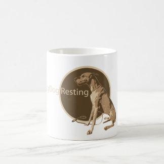 グレートデーンのモデル コーヒーマグカップ