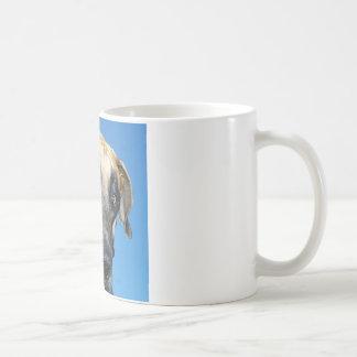 グレートデーンの青空 コーヒーマグカップ