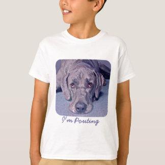 """グレートデーンの""""英雄""""の悲しい顔の女の子のTシャツ Tシャツ"""