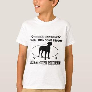 グレートデーン犬のデザイン Tシャツ