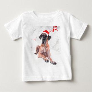 グレートデーン犬の帽子のメリークリスマス ベビーTシャツ