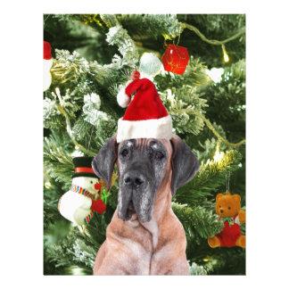 グレートデーンwのクリスマスツリーのギフト用の箱のサンタの帽子 レターヘッド