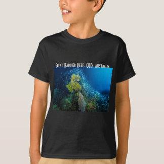 グレート・バリア・リーフの熱帯魚の珊瑚海 Tシャツ