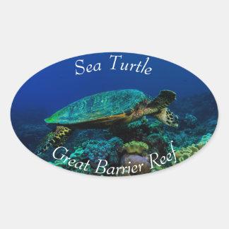 グレート・バリア・リーフのHawksbillのウミガメ 楕円形シール