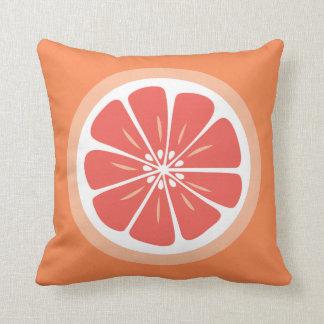 グレープフルーツの切れの夏のおもしろいの装飾用クッション クッション