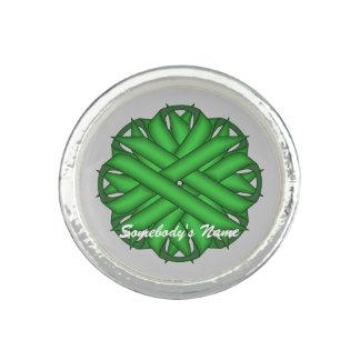 ケネスYoncich著緑の花のリボン リング