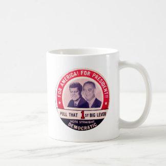 ケネディおよびジョンソンのキャンペーン コーヒーマグカップ
