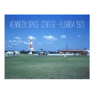 ケネディ宇宙センターのインスパイア1973年のヴィンテージ ポストカード