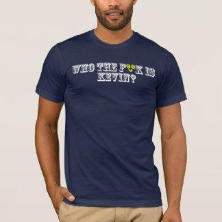 ケビンはだれですか。 暗い Tシャツ