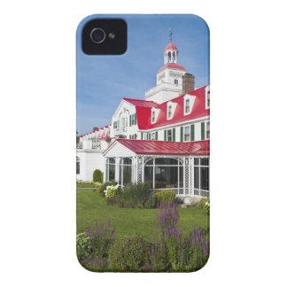 ケベック、カナダ。 歴史的なホテルTadoussac、2 Case-Mate iPhone 4 ケース
