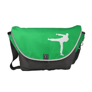 ケリーの緑の武道 メッセンジャーバッグ