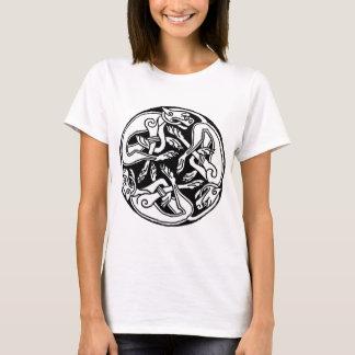 ケルト族のオオカミ Tシャツ