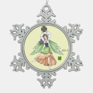 ケルト族の妖精の国の雪片のオーナメント スノーフレークピューターオーナメント