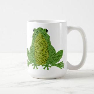 ケルト族の結び糸細工のカエルのマグ-緑 コーヒーマグカップ