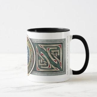 ケルト族の結び糸細工のデザインのマグ マグカップ