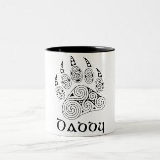 ケルト族の足のお父さんのコーヒー・マグ ツートーンマグカップ