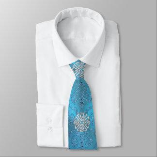 ケルト結び目模様が付いている金属青いダマスク織 ネクタイ