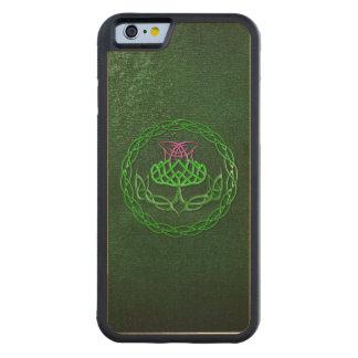ケルト結び目模様のアザミ CarvedメープルiPhone 6バンパーケース