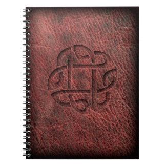 ケルト結び目模様のエンボス革 ノートブック