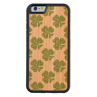 ケルト結び目模様のシャムロックの緑 CarvedチェリーiPhone 6バンパーケース