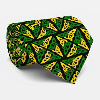 ケルト結び目模様の正方形の緑および黄色のタイ ネクタイ