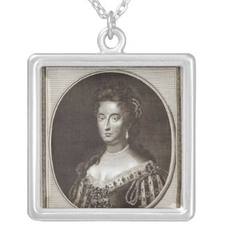 ケンジントン宮殿のメリー女王 シルバープレートネックレス