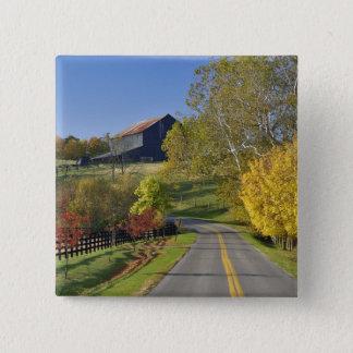ケンタッキーのBluegrassの地域による田園道 5.1cm 正方形バッジ