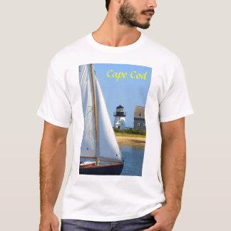 ケープコッドのHyannis港の灯台ヨット Tシャツ