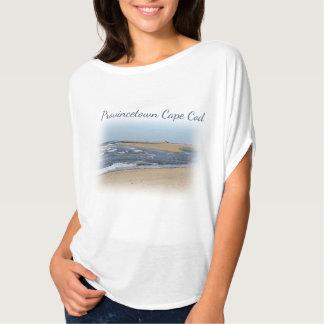 ケープコッドのProvincetownのビーチ Tシャツ