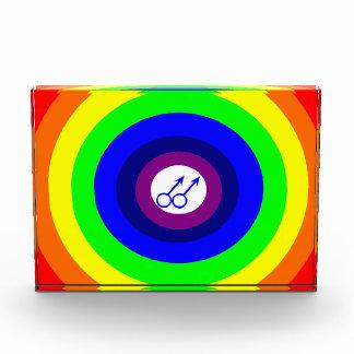 ゲイの男性の円形の虹の装飾 表彰盾