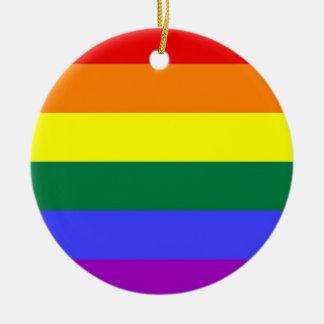 ゲイプライドの鉄棒の虹の旗 セラミックオーナメント