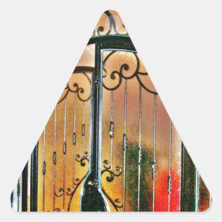 ゲート1 三角形シール