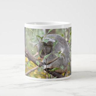 コアラの頭部のc睡眠 ジャンボコーヒーマグカップ