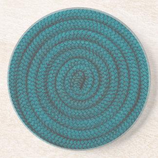コイル状の青いロープ コースター