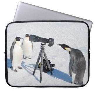 コウテイペンギンのカメラマン-ラップトップの箱 ラップトップスリーブ