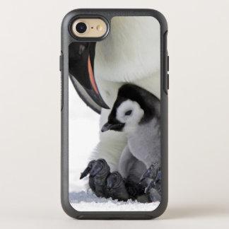 コウテイペンギン の雪の丘の島 オッターボックスシンメトリーiPhone 8/7 ケース