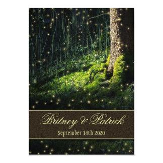 コケによって魅了される森林ホタルの結婚式招待状 カード