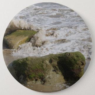 コケは石、巨大なボタンを覆いました 15.2CM 丸型バッジ