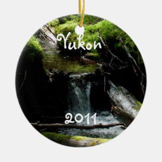 コケむした滝; ユーコン準州領域の記念品 セラミックオーナメント