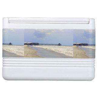 ココアビーチ桟橋 IGLOOクーラーボックス