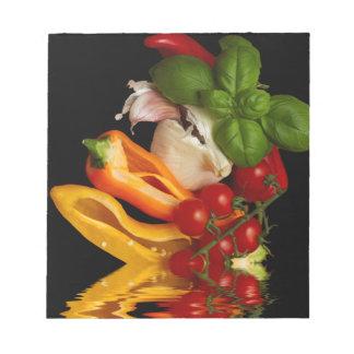 コショウのベズルのトマトのニンニク ノートパッド