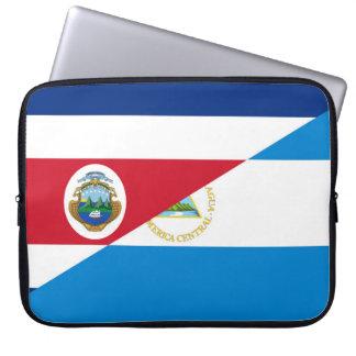 コスタリカニカラグアの半分の旗の記号 ラップトップスリーブ