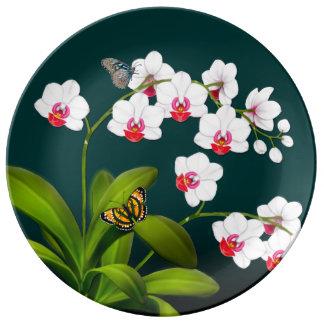 コチョウランの蘭及び蝶磁器皿 磁器プレート