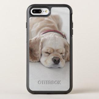 コッカースパニエル犬の睡眠 オッターボックスシンメトリーiPhone 8 PLUS/7 PLUSケース