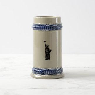 コップの自由の彫像の写真 ビールジョッキ