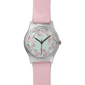 コテージのシックなバラの花のピンクの腕時計 腕時計