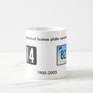 コネチカットのナンバープレートの百年祭 コーヒーマグカップ
