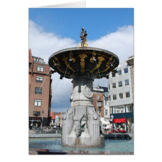 コペンハーゲンデンマークのCaritasの健康な噴水 カード