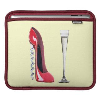 コルクせん抜きの赤い小剣およびシャンペンフルートRicksha iPadスリーブ